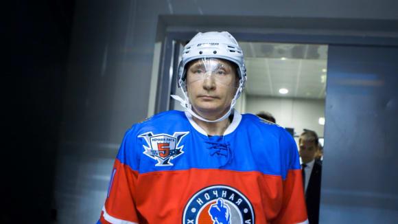 Svět podle Putina - to je i hokejový zápas