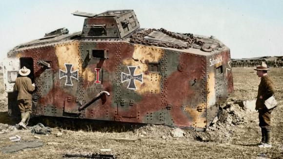 Jeden z mála zachovalých historických kolorovaných snímků