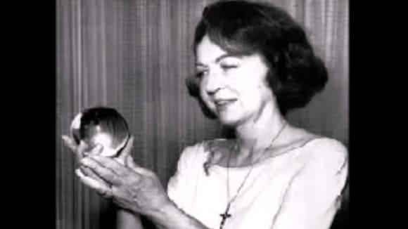 Jeane Dixon se výrazně zapsala do novodobé americké historie.