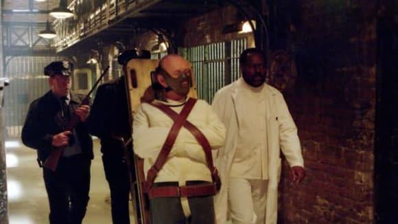 Záběry z filmu Červený drak