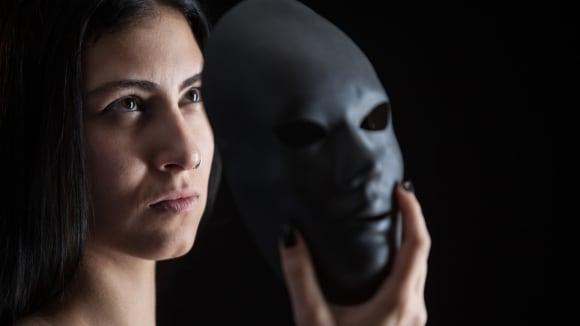 Dokážou psychopati lépe lhát?