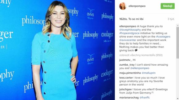 Chirurgové - modré šaty a Ellen Pompeo