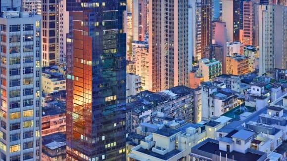 Hongkong v modré chvilce - město jako v počítačové grafice