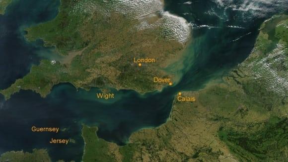 Lamanšský průliv je v nejužším místě široký jen 34 kilometrů