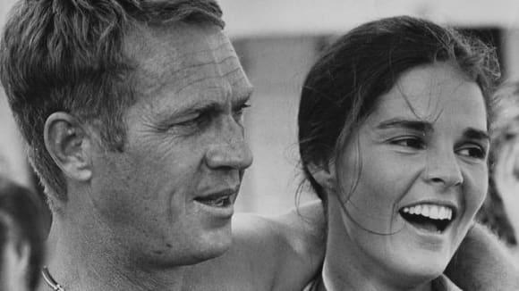 Záběry z filmu Útěk se Stevem McQueenem