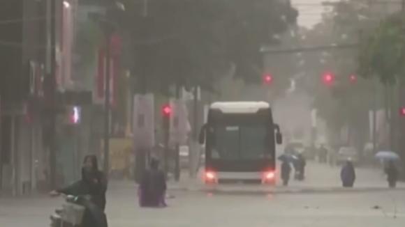 tajfun Damrey