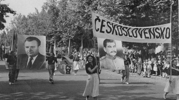 Gottwald a Stalin - ikony československého komunismu