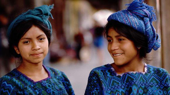 zatímco mayské dívky jsou půvabné, starší dámy nabírají korpulentní tvary