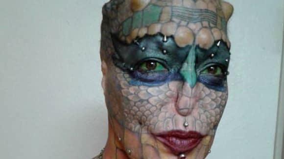 Žena se proměnila v draka 1