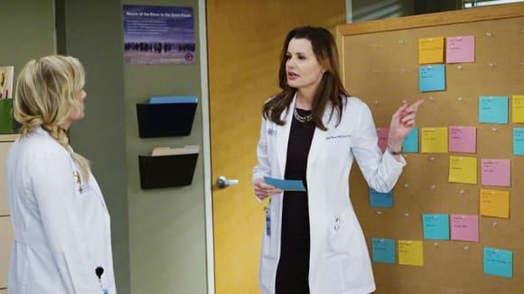 Chirurgové - Geena Davis 2