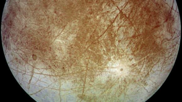 Europa - měsíc Jupitera