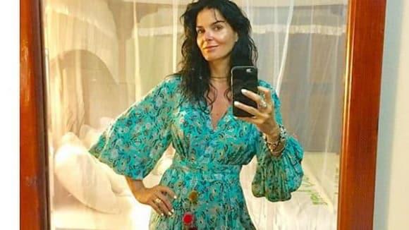 Představitelka Jane Rizzoliové v módním hitu letošního léta