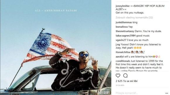 Johnny Lee Miller poslouchá hip hop