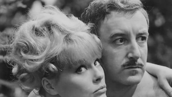 Záběry z filmu Clouseau na stopě
