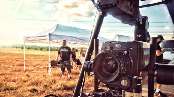 Dron připraven k natáčení reklamy