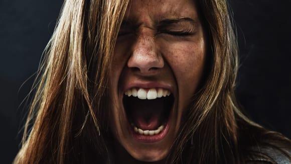 Mohou nás antidepresiva dohnat až k nejtěžším zločinům?