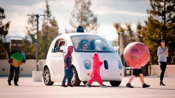 Google se (zatím) vzdal myšlenky vlastního samořiditelného auta.