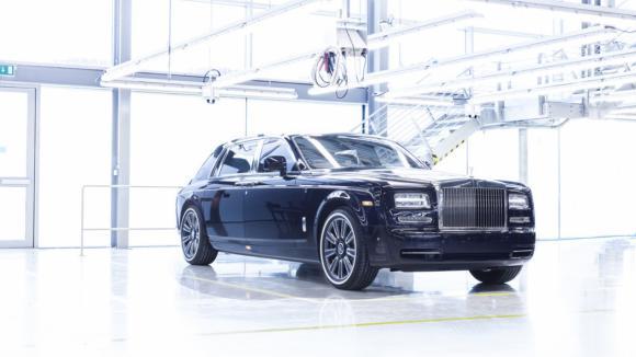 Král je mrtev, ať žije král. Tohle je poslední Rolls-Royce Phantom