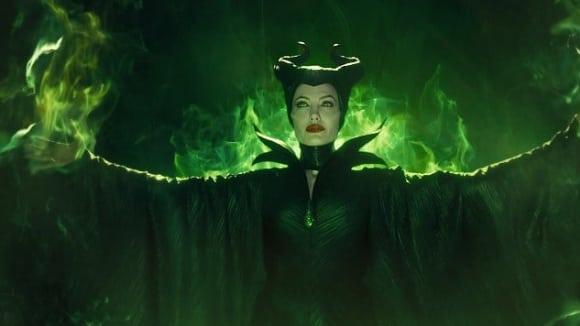 Angelina Jolie jako zlá královna