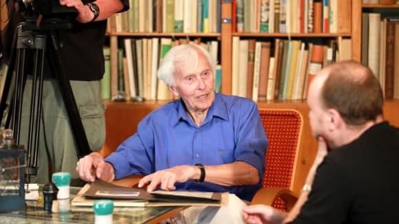 Miroslav Zikmund v únoru 2018 oslavil neuvěřitelné 99. narozeniny.