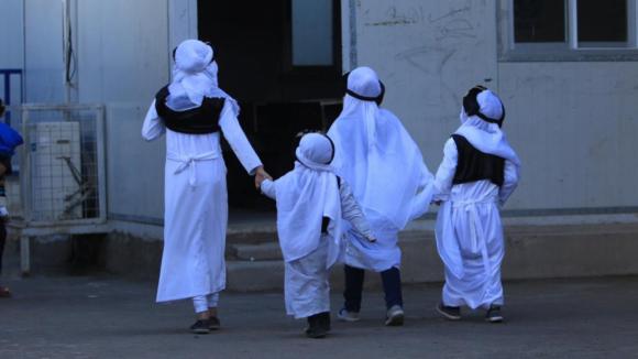 Mláďata kalifátu: Podaří se převychovat dětské bojovníky ISIS?