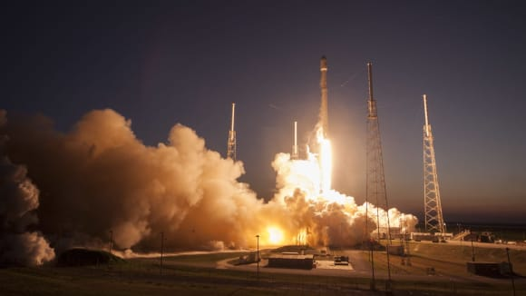 Budou rakety od Space X - budoucností hvězdných válek
