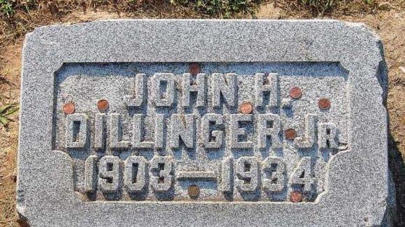 I Johna Dillingera doběhla smrt