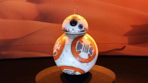 Droni a droidi - opravdu budou mít inteligenci?