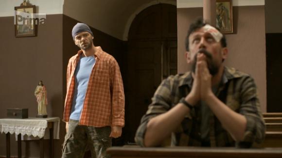 Machr s Hroudou v kostele