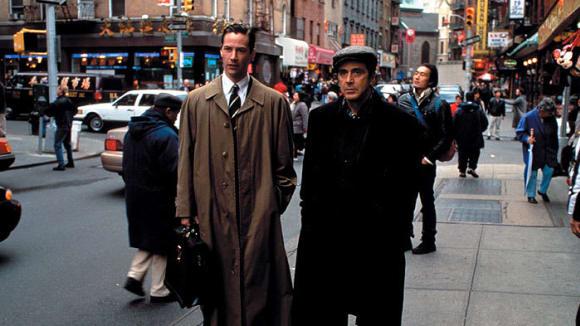 Herci Keanu Reeves a Al Pacino ve filmu Ďáblův advokát