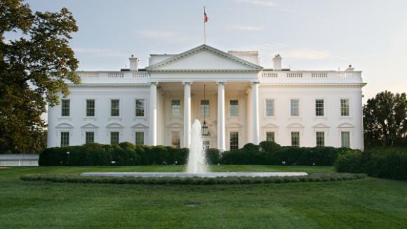 Změní Bílý dům barvu?