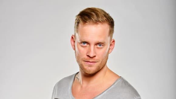 Mike (Jakub Prachař)