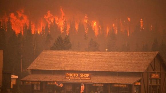 Požár  v NP Yellowstone