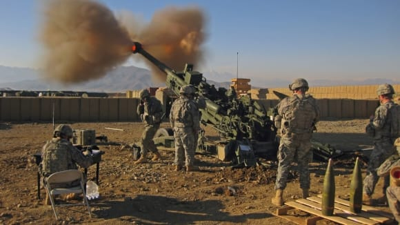 Střelba z M77 Howitzer