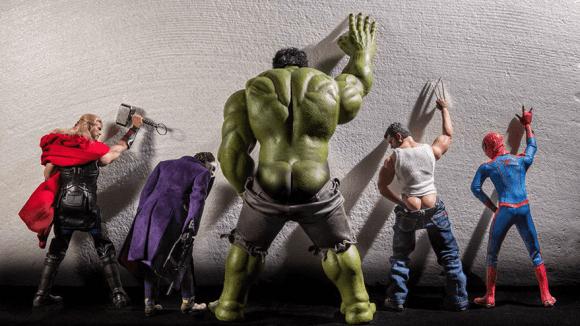Vtipná série ukazuje momentky ze života superhrdinů