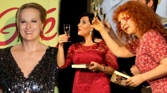 Knihu pokřtily dámy (zleva) Meryl Streepová, Andrea Kalivodová a Jaroslava Kretchmerová.
