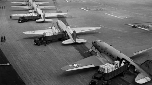 Americká pomoc na letišti Tempelhof, Berlin 1948