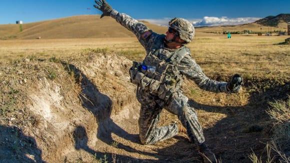 Nový americký granát: Enhanced Tactical Multi-Purpose - v akci