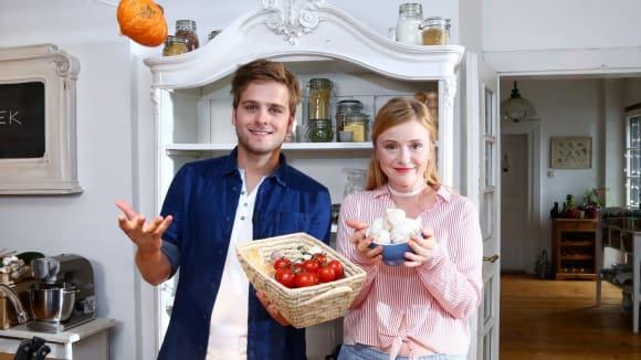 Kdo je skutečným hrdinou kuchyně? Přece kvalitní surovina! Tentokrát se zaměříme na český česnek.