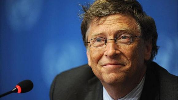 Bill Gates na Harvard přišel v roce 1973 a o dva roky později se na ni vykašlal, aby založil se svým kamarádem z dětství Paulem Allenem Microsoft