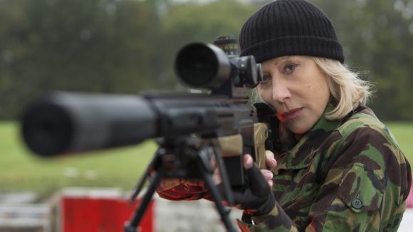 Helen Mirren v Red
