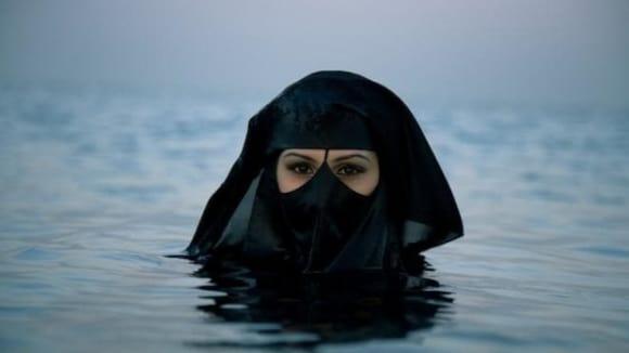 Evropané se bojí muslimů, muslimové se bojí Evropanů...
