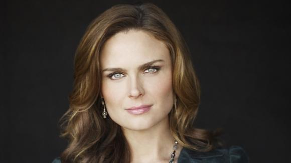 Sběratelé kostí, Dr.Temperance (Kůstka) Brennanová, 3