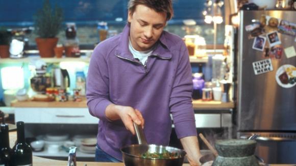 Jamie roztančená kuchyně 03