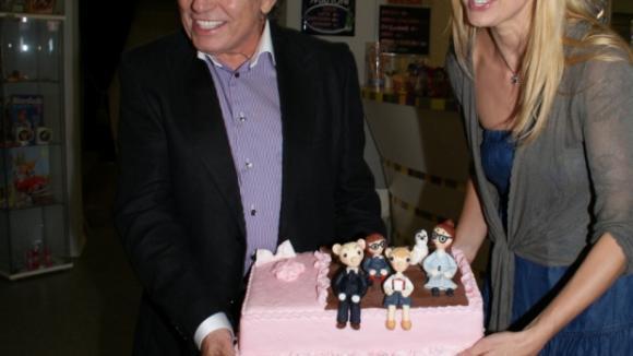 Ivana Gottová nechala pro Charlotte vyrobit dort se Spejblem a Hurvínkem