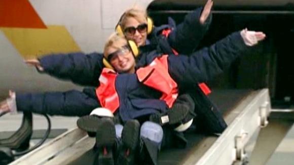 Paris a Nicole si umějí užívat života