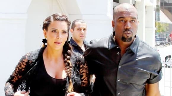 Těhotná Kim Kardashian a její snoubenec Kanye West