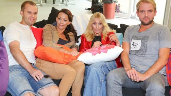 Moderátoři reality show VyVolení: Pavel Cejnar, Agáta Prachařová, Tereza Pergnerová a Libor Bouček (zleva)