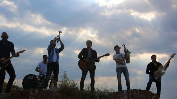 Videoklip k písni se natáčel na jižní Moravě