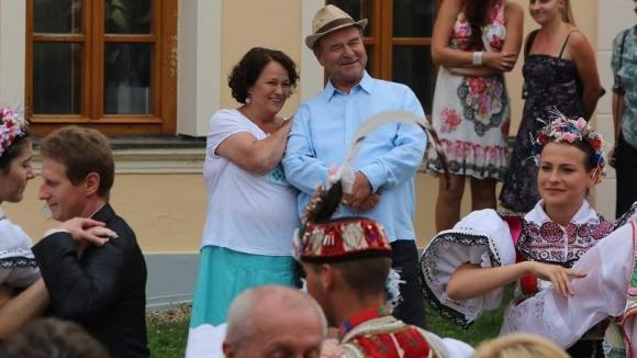 Stázi s Bedřichem mají radost, že je Petra stárkou